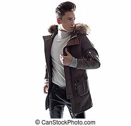 身に着けていること, jaket, 若い, 最新流行である, 人, 痛みなさい