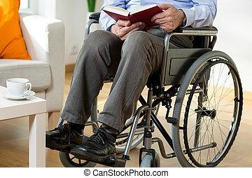 車椅子, 本, 読書, 人