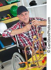 車椅子, 配管工