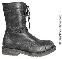 軍事, 靴子