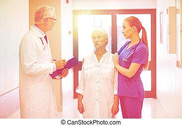 軍醫, 以及, 年長者, 病人, 婦女, 在, 醫院