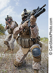 軍, オペレーション