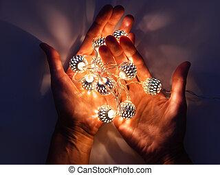輝き, 電球, マジック, ライト, 手, 金属, 装飾, パターン, デリケートである, dark., reflections., bulbs., 休日