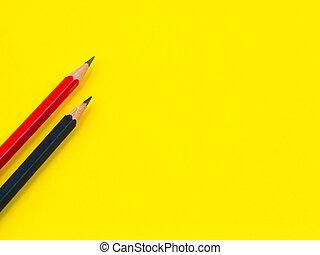 辦公室, 附件, 紅色, 以及, 黑色, 鉛筆, 上, 黃色, 背景。, 教育, 以及, 事務, concept.