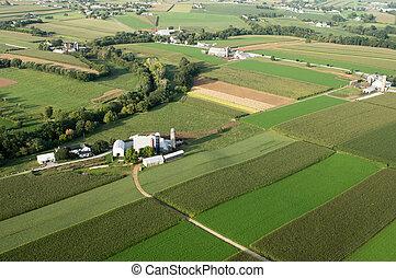 農場陸地, 從上面