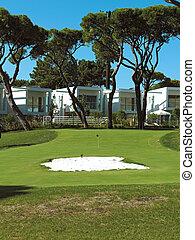 退休社区, condos, 在上, a, 求助, 高尔夫球场