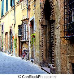 通り, イタリア, 中世