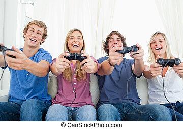 遊び, 友人, ビデオ, 一緒に, 微笑, ゲーム, グループ, すべて
