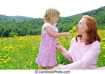 遊び, 花, 娘, 牧草地, 母