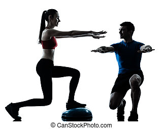 運動, bosu, コーチ, 男の女性, しゃがむ
