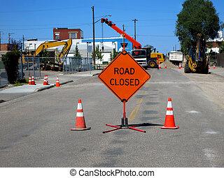 道は 閉まった, 建設
