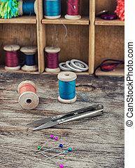道具, 刺繍, 付属品