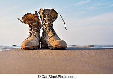遠足旅行的靴子