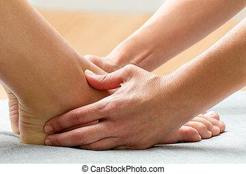 適用, 区域, 圧力, セラピスト, 女性, 感情的, 神経, ankle.