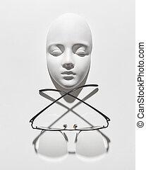 遮蔽, 石膏, 玻璃杯, 顶端, 伪装, 长期面临, 背景, space., 横越, 时尚, 白色, 复制, 雕刻, 观点。