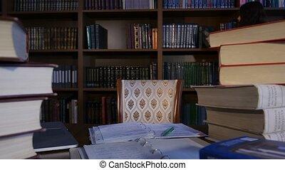 選んだ, read., 下方に, 本, 4k, 学生, テーブル, 坐らせる