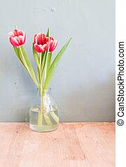 郁金香, 在花瓶中的花儿