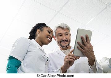 部屋, タブレット, 医者, 検査, デジタル, 使うこと