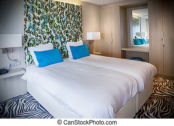 部屋, 現代, ホテル
