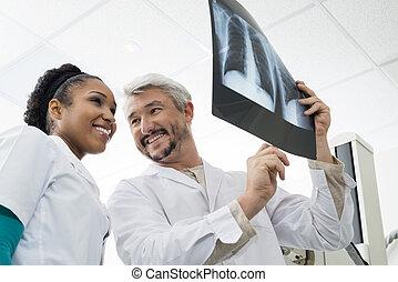 部屋, 胸, 検査, 放射線技術者, 分析, 微笑, x 線