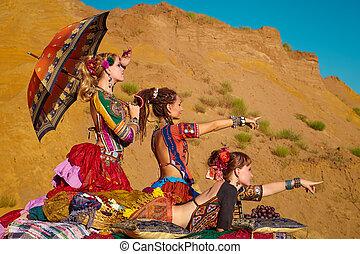 部落, dancers., 婦女, 在, 种族, costumes.
