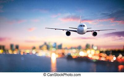 都市の景観, たそがれ, 飛行機, 飛行, ぼんやりさせられた