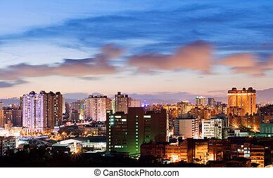 都市現場, 夜