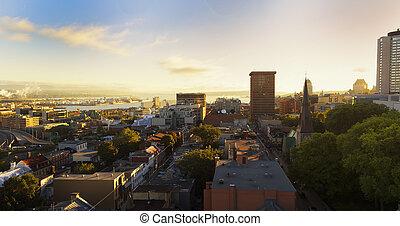 都市, ケベック, 朝