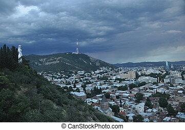 都市, ジョージア, tbilisi., 記念碑, storm., 丘, 母, の間, 光景