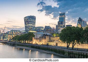 都市 スカイライン, -, 日没, ロンドン