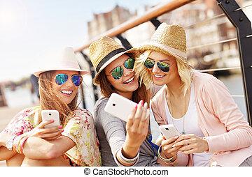 都市, 取得, 友人, グループ, selfie