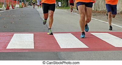 都市, 速い, 歩行者, レース, マラソン, 交差, の間, ランナー