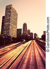 都市, 都市, ∥において∥, 日没