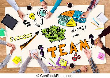 配合, 是, a, 鑰匙, 到, success., 頂視圖, ......的, 紙, 由于, 鮮艷, 勾畫, 放置, 上, the, 木製的桌子, 以及, 人們坐, 大約, 它