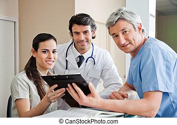 醫療 專家, 站立, 在, 招待會