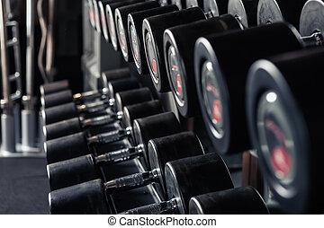 重量訓練, 設備