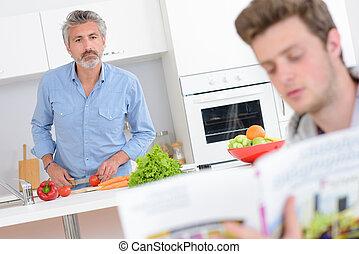 野菜, レシピ, 男性, 台所, 2, 1(人・つ), 他, 準備, 読む本