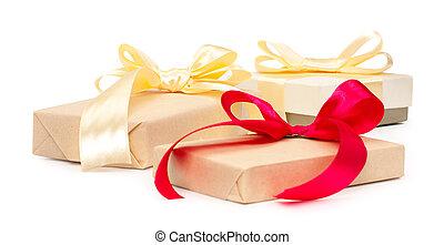 金, セット, ギフトの弓, 3, 隔離された, プレゼント, 背景, 箱, ペーパー, 赤, 結び目, 包まれた, 白, クラフト, リボン