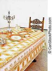 金, テーブル