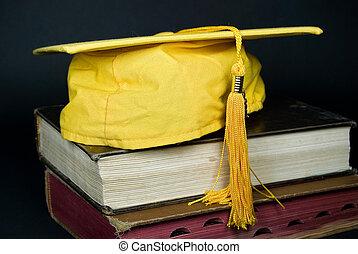 金, 卒業生, 帽子