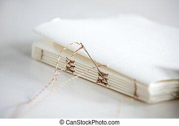 針, そして, メモ用紙, ペーパー, 上に, テーブル