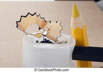 鉛筆, 削ること