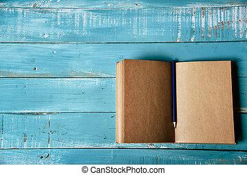 鉛筆, 左, 仕事, ビジネス, 教育, オフィス。, 上, concept., コピー, 最小である, middle., 木製である, ノート, 文房具, 位置, ブランク, 光景, 紫色, theme., 空地, 青い背景, 平ら