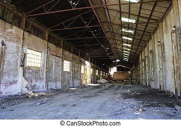 鉱山, 工場