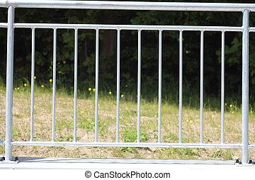 鋼鉄, 白いフェンス, 手すり