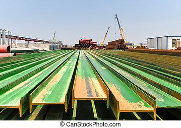 鋼, 工字金屬梁, 建築工地