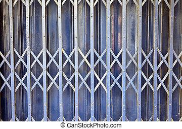 鐵, 柵欄