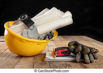 钢盔, 木制, 附件, 羊皮纸, 建设, design., 桌子。, 卷, 工程师