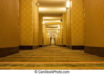 長, 蠕動, 走廊