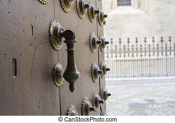 門, knocker.
